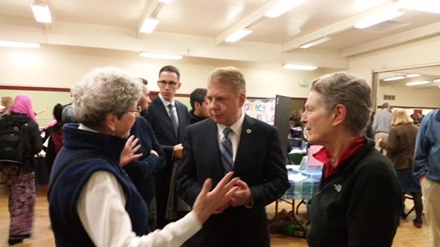 Mayor Murray, outreach for Lake City Hub